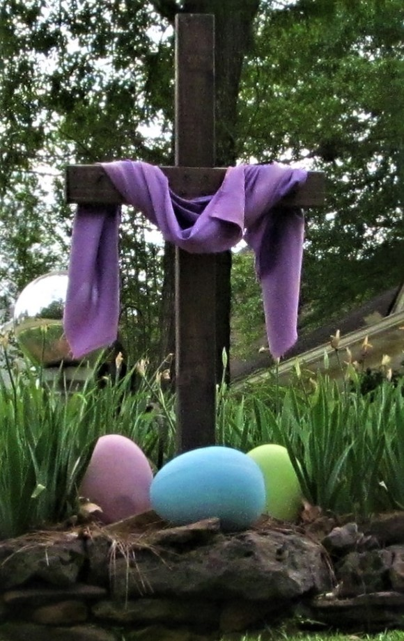 cross castlewoods garden april 10