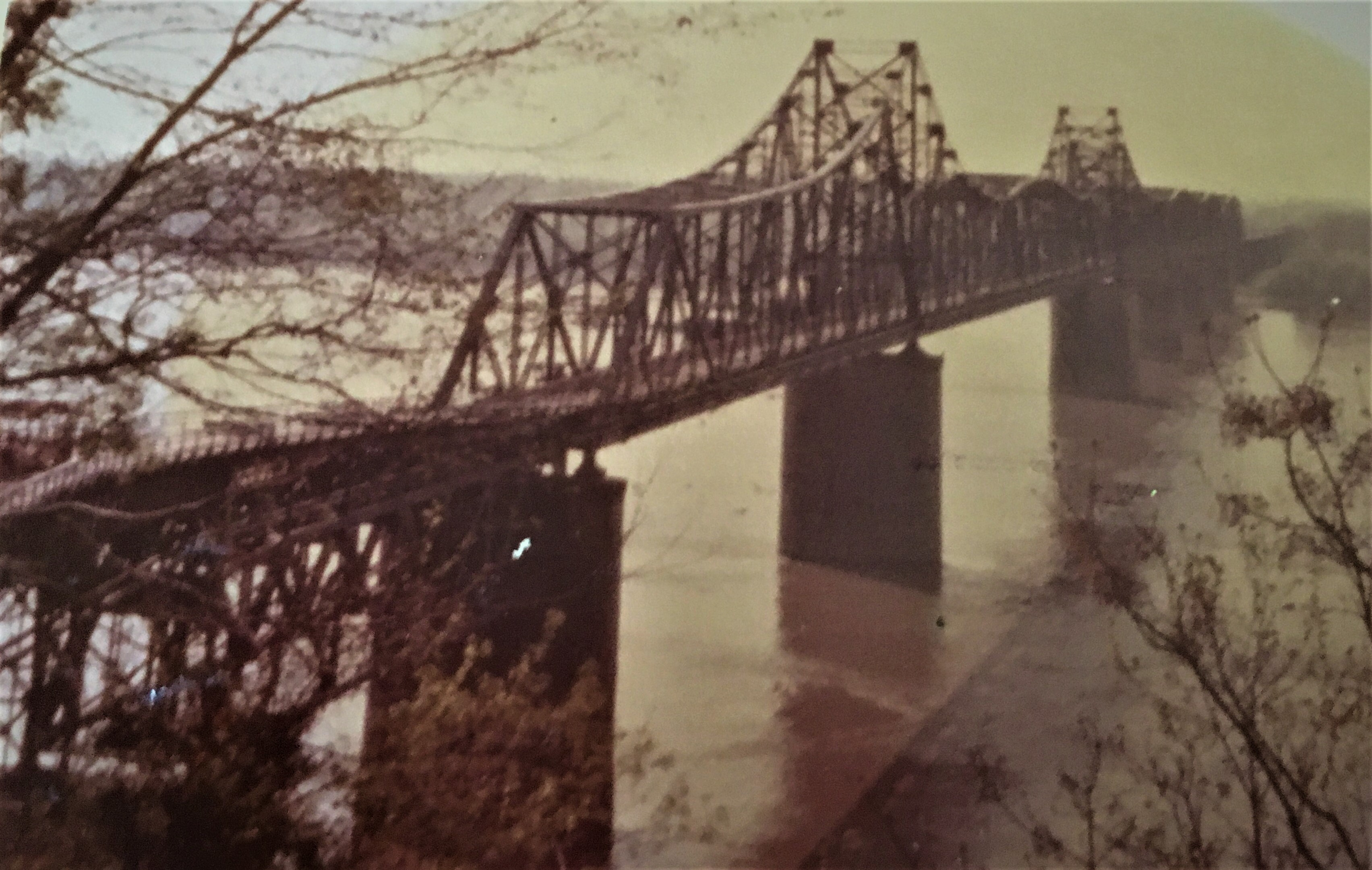 old bridge picture of daddy's