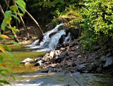 smokey mountatin waterfall 1
